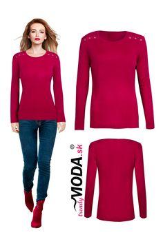 Elegantný tmavo červený tenký dámsky pletený pulóver s ozdobnými gombíkmi na pleciach vo veľkostiach i pre moletky. Modeling, Modeling Photography, Models