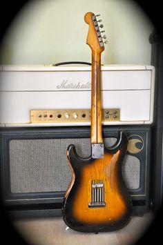 Fender Vintage, Vintage Guitars, Fender Stratocaster, Fender Guitars, Guitar Amp, Cool Guitar, Jeff Beck, Guitar Collection, Guitar Accessories