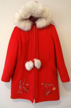 Northern Sun Vtg Eskimo Inuit Fox Fur Embroidered Wool Parka Jacket Coat_Size M Choice Fashion, Fox Fur, Dress Me Up, Parka, Winter Fashion, Fur Coat, Old Things, Fancy, Coats