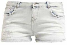 Los Shorts Vaqueros Más Trendy  ¿Existen prendas informales más originales y…