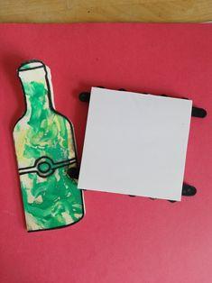 Carte bouteille et bloc notes avec des bâtons en bois Painting, Art, Toy Block, Bottle, Children, Art Background, Painting Art, Kunst, Paintings
