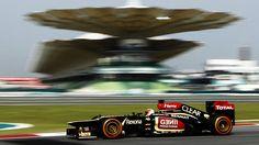 O piloto finlandês Kimi Raikkonen da escuderia Lotus foi o mais rápido na segunda sessão de treino livre do GP Malásia de Fórmula 1 -