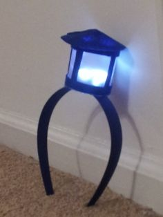 TARDIS Headband - Doctor Who - LED Lamp..... Will get this for future tardis costume! Too cute <3