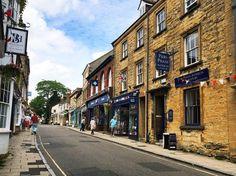 Sherborne es un pueblo con mucho encanto.  #WeLoveBS #inglés #idiomas  #ReinoUnido #RegneUnit #UK  #Inglaterra #Anglaterra    #Jóvenes #adolescentes #summer #young #teenagers #boys #girls #city #english #awesome #Verano #friends #group #anglès #cursos #viaje #travel