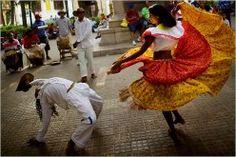 Cartagena, Colombia: The Perfect Destination Wedding Venue and Honeymoon Spot