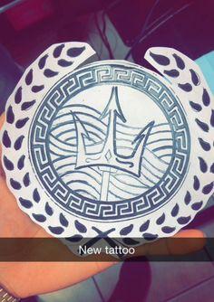 Original royal Poseidon tattoo by -Yander Delgado #greek #royal #poseidon #triton #godofsea Poseidon Tattoo, Poseidon Symbol, Dope Tattoos, New Tattoos, Tribal Tattoos, Tatoos, Trident Tattoo, Greek Mythology Tattoos, Leg Sleeve Tattoo