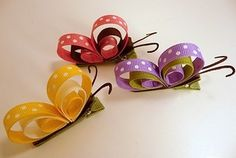 Butterfly hair clips w/ ribbonButterfly Ribbon Art Clips, these are cute! look easy to makeMFW - Kindergarten - B is for Butterfly -Mariposas de listonButterfly Clips for the girls. This would make adorable bows for gifts to little girls! Fun Crafts, Diy And Crafts, Crafts For Kids, Arts And Crafts, Ribbon Crafts, Ribbon Bows, Barrettes, Butterfly Hair, Butterfly Party