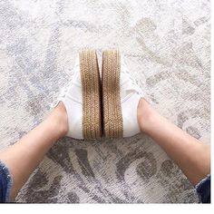 Ready for your summer walks? Use E Abuse, Superga Shoes, Moda Chic, Moda Casual, Espadrilles, Slippers, Walking, Summer, Women