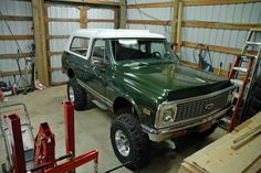 1972 Blazer Trucks, Community resources for all classic chevy and gmc pickup trucks Gmc Pickup Trucks, Custom Chevy Trucks, Chevy 4x4, Gm Trucks, Cool Trucks, Classic Chevrolet, Classic Chevy Trucks, Chevrolet Tahoe, Chevrolet Trucks
