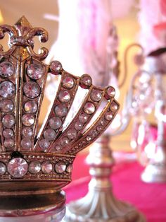Perfect Party Crown- Marie Antoinette Party Details