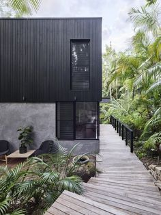 Modern coastal house nestled in the lush Australian rainforest 1 - Architecture Design Ideas Architecture Durable, Modern Architecture, Australian Architecture, Architecture House Design, Modern House Design, Modern Interior Design, Modern House Exteriors, Modern Beach Houses, Modern Wood House