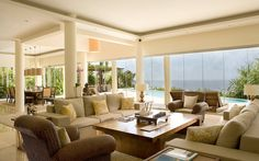 It is one of two villas owned by Karma Royal Group under its 'Grand Cliff-Front Residence' category. It is furnished with contemporary paintings by local artists, ceramic lampshades, rattan chairs and Persian rugs.