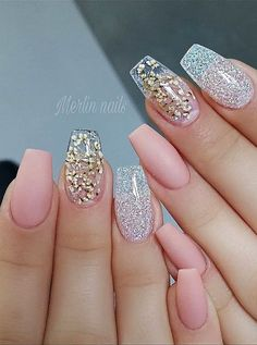 Top 100 Acrylnagel Designs von Mai 2019 We are here with the best 100 acrylic nail Designs of the 2019 mine. Would you like to see these unique beauty designs of beautiful ladies who are fond of nail art? This album was created from the most admired pictu French Nail Designs, New Nail Designs, French Nails, Cute Nails, Pretty Nails, Nail Art Pictures, Instagram Nails, Nagel Gel, Perfect Nails