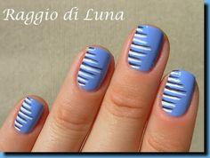 Just some lines on acqua cool - Raggio di Luna Nails
