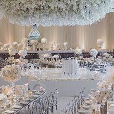 Winter Wedding Wonderland ✨ Creative Team: Coordinator @katecarlsonep   Rentals @palacepartyrental   Florals @butterflyfloral   Venue @beverlywilshire