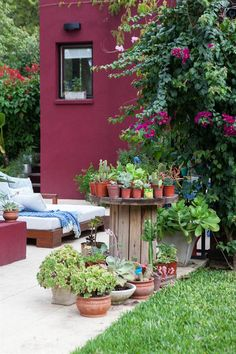 Mexican Patio, Mexican Home Decor, Outdoor Rooms, Outdoor Gardens, Outdoor Decor, Paint Colors For Home, House Colors, Feng Shui, Houses Of The Holy