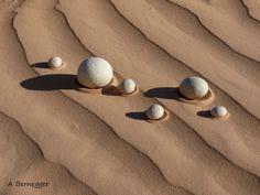 Galets et sable    Alain Bernegger  #Landart