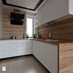 white handleless kitchen fronts, worktop and back wall in wood look - Kitchen design ıdeas Handleless Kitchen, Kitchen Worktop, Kitchen Backsplash, Kitchen Cabinets, Quartz Backsplash, Beadboard Backsplash, Kitchen Walls, Herringbone Backsplash, Backsplash Ideas