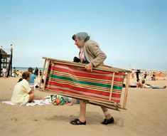 Martin Parr, Broadstairs, Kent, Great British Seaside - in pictures Martin Parr, British Beaches, British Seaside, British Summer, Magnum Photos, Beach Photography, Color Photography, Photography Ideas, Cool Pictures
