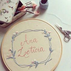 A Ana Letícia nasceu ontem e ganhou um bordado exclusivo do #clubedobordado para…