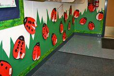 Rockin' in the Rainforest! Kindergarten Bulletin Boards, Kindergarten Classroom Decor, Teaching Kindergarten, Classroom Themes, Welcome To Preschool, Preschool Calendar, Class Decoration, Spring Art, Classroom Displays