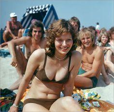 Poster DDR - Jugend am Strand 1970er Jahre