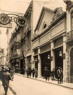 Cine São Bento Old Pictures, Old Photos, Vintage Pictures, Countries In America, History Of Time, Sao Paulo Brazil, Paulistano, Vintage Architecture, Nostalgia
