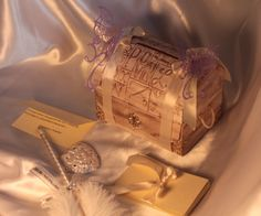 Guestbook in box