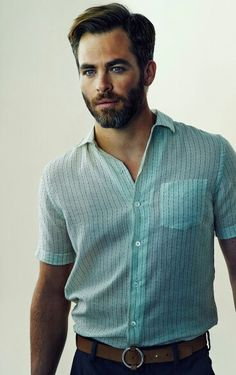 The Chris Pine Network – ELLE Magazine Photoshoot Hair magazine – Hair Models-Hair Styles Most Beautiful Eyes, Gorgeous Men, Beautiful People, Pretty People, Beautiful Things, Chris Pine, Into The Woods, Amanda Seyfried, Leeds