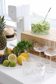 Homevialaura | SodaStream | white SodaStream Play | Soda Bar | Summer balcony party