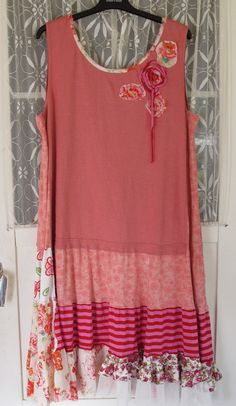 Pink garden... Plus size upcycled jersey dress by MollaMaia, €46.00