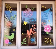 Spring window painting - New Deko Sites Easter Arts And Crafts, Summer Crafts For Kids, Spring Crafts, Class Decoration, School Decorations, Bird Crafts, Flower Crafts, Painted Window Art, Spring Window Display