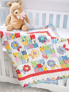 Ideas sewing baby quilts free pattern for 2019 Cute Quilts, Lap Quilts, Mini Quilts, Quilt Baby, Small Quilts, Scrap Quilt Patterns, Pattern Books, Canvas Patterns, Quilt Storage