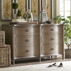 Perfect for stowing throws in the guest bedroom or sweaters in your master suite, this elegant six-drawer dresser showcases bin-style pulls and solid oak ...