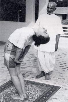 "Tirumalai Krishnamacharya, ""The Father of Modern Yoga"" (1888–1989) .... #Krishnamacharya #yoga #hathayoga #yogahistory #india #ayurvedic #scholar"