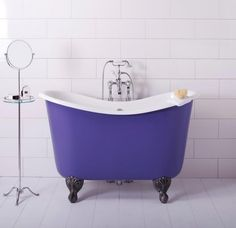 We have to admit that all things in mini format has a charm in every detail. So be sure to check out these Mini Bathtub Ideas for Small Bathrooms #minibathtub #smallbathrooms