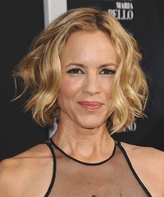 Maria Bello Hairstyle - Casual Short Wavy
