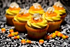 Candy Corn Cupcakes with Buttercream Frosting | RecipeLion.com