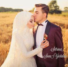 Muslim Wedding Gown, Muslim Wedding Dresses, Disney Wedding Dresses, Muslim Brides, Wedding Gowns, Wedding Hijab, Muslim Couples, Wedding Cakes, Wedding Photography Poses