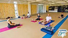 Resultado de imagen de salas yoga iyengar                              …