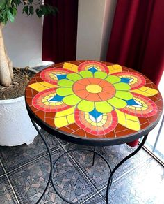 Mosaic Stairs, Mosaic Tile Table, Mosaic Coffee Table, Tile Tables, Mosaic Vase, Mosaic Diy, Mosaic Outdoor Table, Outdoor Table Tops, Stained Glass Patterns