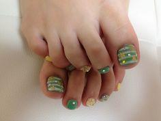 Ray ~ ~ NAILSLEI Nails nail nail foot of Kuwana ☆ Pretty Toe Nails, Cute Toe Nails, Dope Nails, Toe Nail Art, Fancy Nails, Gorgeous Nails, Nail Nail, Cute Toenail Designs, Pedicure Designs