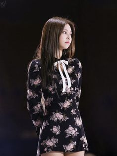 Blackpink Jennie, Blackpink Fashion, Korean Fashion, Forever Young, My Little Beauty, Blackpink Members, Blackpink Photos, Stage Outfits, South Korean Girls