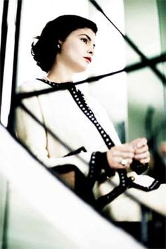 Audrey Tautou as 'Gabrielle Coco Chanel' - 2009 - Coco Before Chanel - Costume Design by Catherine Leterrier - Directed by Anne Fontaine - Audrey Tautou, Mademoiselle Coco, Emmanuelle Devos, Estilo Coco Chanel, Gabrielle Bonheur Chanel, Mode Chanel, Chanel Style, Chanel 5, Vintage Classics