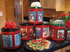 Folgers plastic coffee tubs for Christmas Cookies! Labels here.
