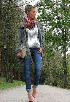 blusa en lineas con jeans