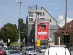 Fassadenwerbung SOHO (1) Graßmayrkreuzung #planetimmobilien #cityreal
