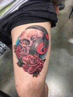 skull and rose tattoo gül ve kuru kafa dövmesi