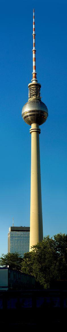 Cn Tower, Berlin, Building, Travel, Viajes, Buildings, Destinations, Traveling, Trips