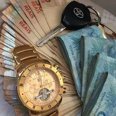 Sem Internet, Marketing Digital, Money, Instagram Posts, How To Make, Luxury Life, Mobile Wallpaper, Homeland, Money Lei